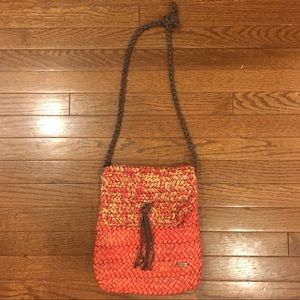 Handbags - Woven Wicker Straw Boho Beach Bag